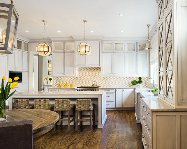 Kitchen Ideas. Transitional Kitchen Design. Kitchen Lighting. The lighting in this kitchen are the Visual Comfort SK5008 Suzanne Kasler Morris small Lantern #Kitchen #TransitionalKitchen Moore Architects. SCW Interiors.