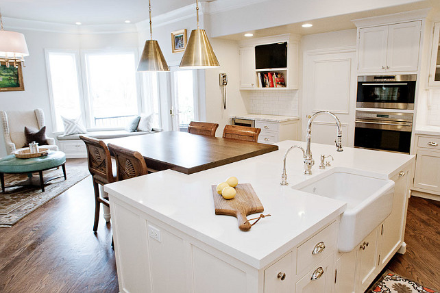 Kitchen Layout. Kitchen Reno Layout Ideas. Kitchen Layout Ideas. Kitchen Island Layout. #KitchenLayout #KitchenIslandLayout Enzy Design. Hiya Papaya.