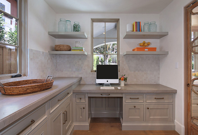 Kitchen Office Ideas. Kitchen Desk. This home office is just off the kitchen. #Kitchen #HomeOffice #KitchenOffice #KitchenDesk