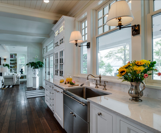Kitchen Sink. Kitchen Sink Ideas. Beautiful traditional kitchen with custom apron sink. #KItchen #Sink #ApronSink #FarmhouseSink