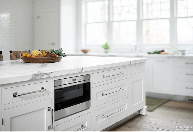 Kitchen island microwave oven. Heidi Piron Design.