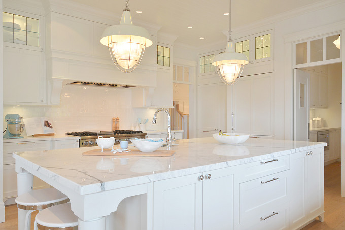 Kitchen island. Sunshine Coast Home Design.
