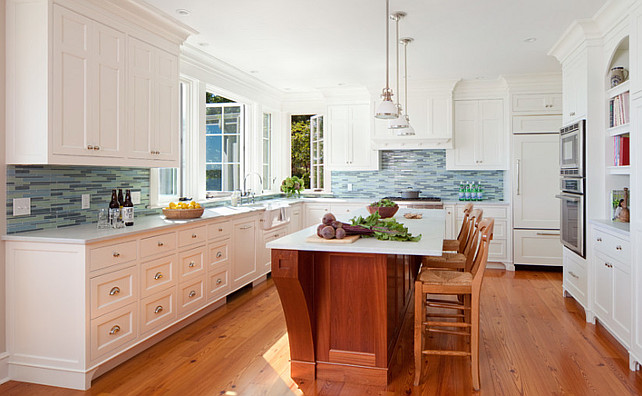 Kitchen. Beach house kitchen. Beach house kitchen layout. #BeachHouse #Kitchen Jacob Talbot - Fine Homebuilders.