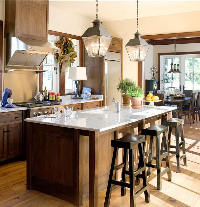 Kitchen. Dark Cabinet Kitchen Ideas. Kitchen with dark cabinets. Rustic Kitchen. #Kitchen #DarkStainedKitchen