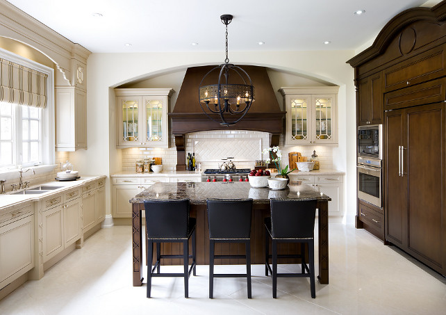 Kitchen. Transitional Kitchen Design. Kitchen with X mullion design. #Kitchen #KitchenDesign #TransitionalKItchen #XMullion Designed by Jane Lockhar.