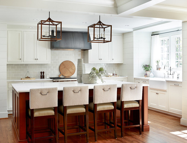 Kitchen. Transitional Kitchen. Transitional Kitchen Design. Transitional White Kitchen with island. #TransitionalKitchen #TransitionalWhiteKitchen Kemp Hall Studio. Yvonne McFadden.