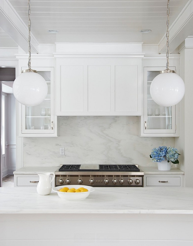 Kitchen. White Kitchen. Crisp White Kitchen with marble backsplash. #Kitchen #KitchenMarbleBacksplash   Calla McNamara Interiors