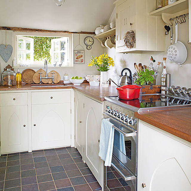 cottage of the week english country cottage home bunch