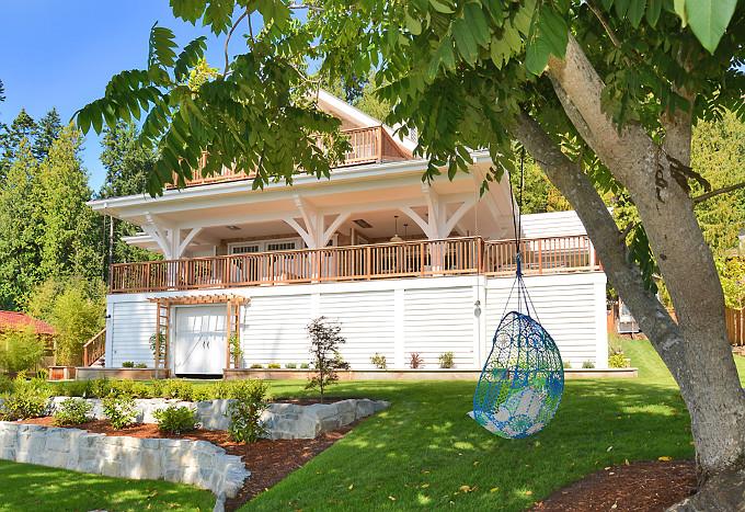 Knotted Melati Hanging Chair, Blue Motif. Sunshine Coast Home Design.
