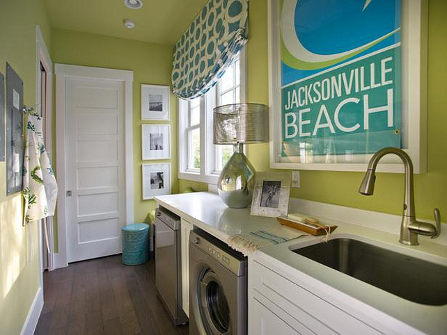 Laundry Room. Laundry Room Ideas. Fun colors in this laundry room! #LaundryRoom