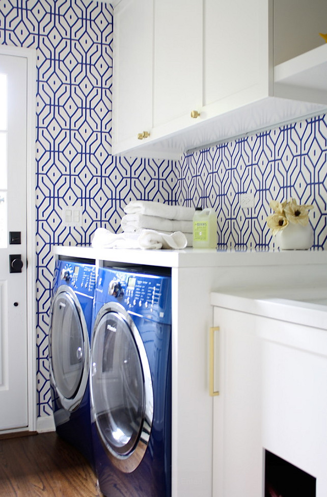 Laundry Room. Laundry Room Wallpaper. Laundry Room Wallpaper Ideas. Anna Spiro Rosey Posey Trellis Wallpaper in Ginger Jar Blue. #Wallpaper #LaundryRoom #LaundryRoomWallpaper Carla Lane Interiors.