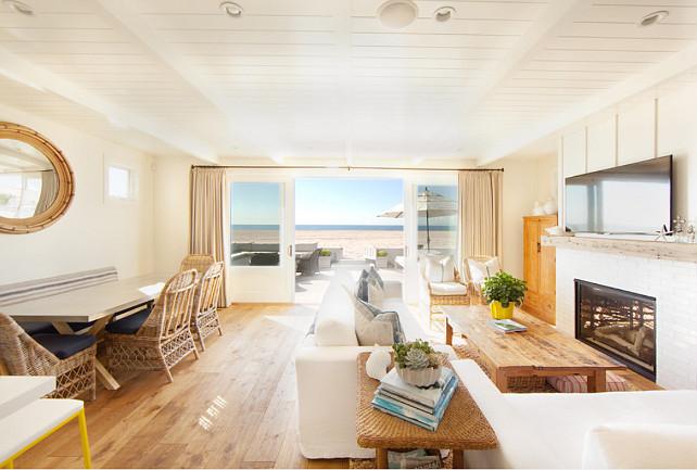 Living Room. Beautiful coastal designed living room. #LivingRoom #Coastal #Interiors #HomeDecor