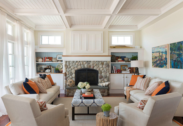 Beach house with airy coastal interiors home bunch for Built ins living room ideas