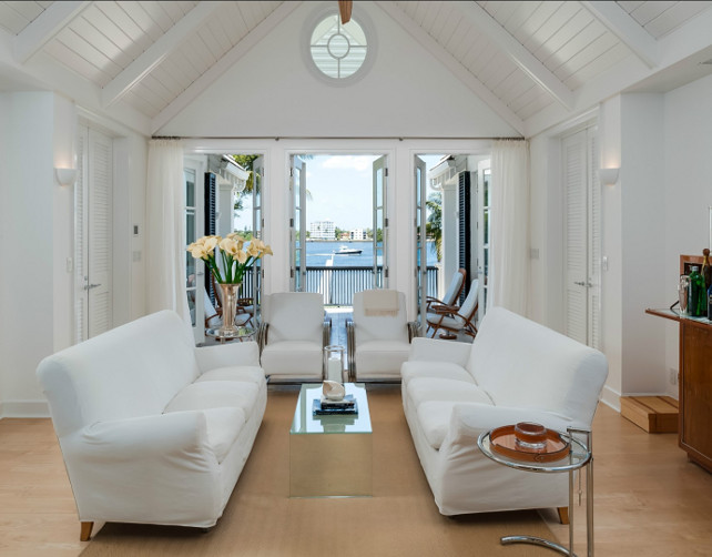 Living Room. White Living Room Design. Coastal White Living Room Ideas. #LivingRoom #WhiteInteriors