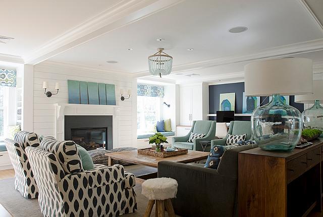 Living room. Turquoise living room. Living room with turquoise accents. #LivingRoom #Turquoise Kristina Crestin Design.