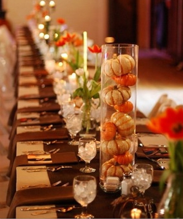 Easy thanksgiving decorating ideas home bunch interior Simple thanksgiving table decorations