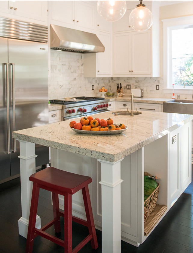 Kitchen. The granite countertop is Dal Tile's White River. #GraniteCountertop #Kitchen