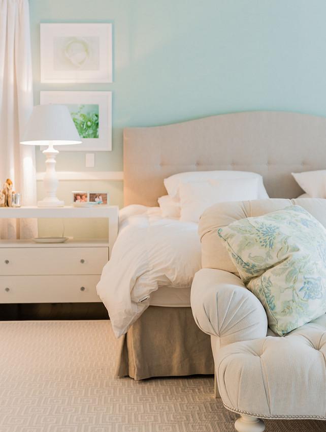 Master Bedroom. Master Bedroom comfort and texture. Master bedroom. #MasteBedroom Brookes and Hill Custom Builders.