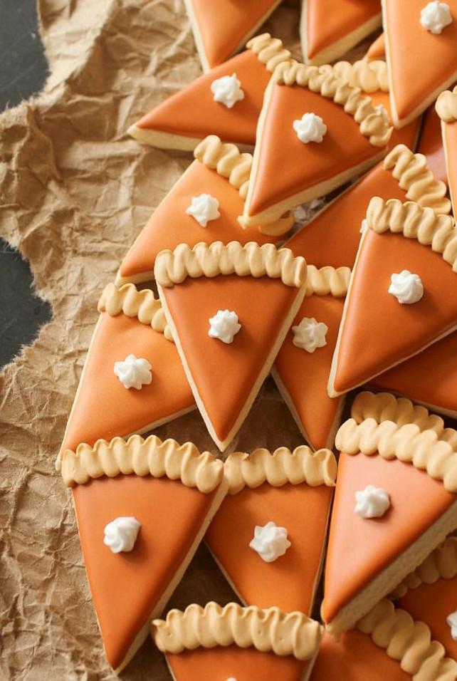 Mini Pumpkin Pie Slice Cookies. Thankgiving Dessert Ideas. #ThankgivingDessertIdeas. Via The Sweet Adventures of Sugarbelle.