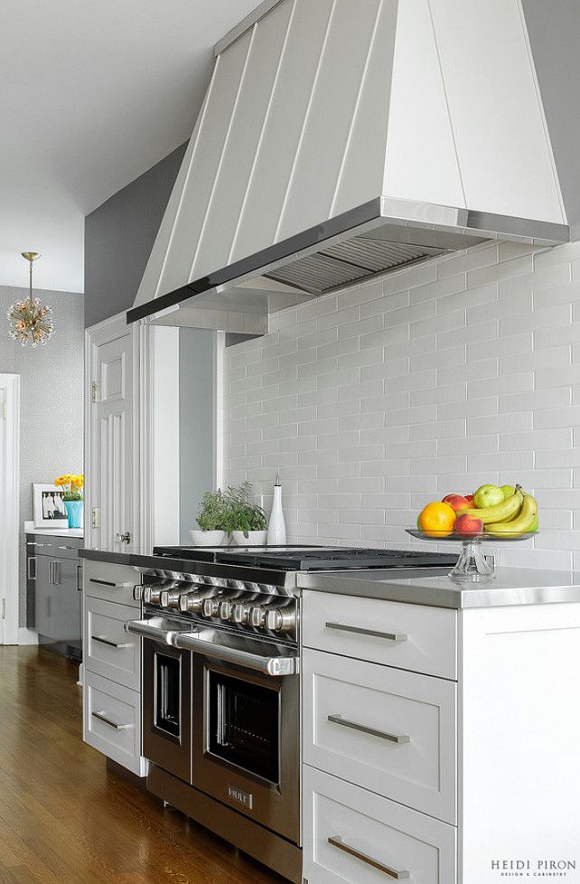 Industrial Inspired Kitchen. Modern Kitchen Hood Ideas. Modern Kitchen Cabinet. Modern Kitchen backsplash. #ModernKitchen #Kitchen  Heidi Piron Design & Cabinetry.