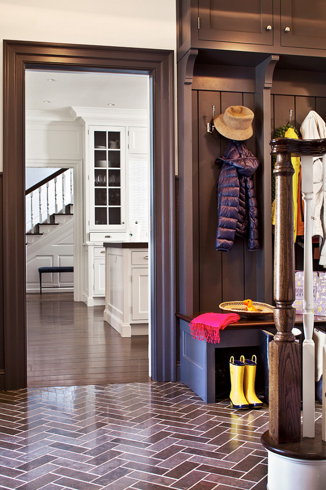 Classic georgian colonial with transitional interiors Mudroom floor
