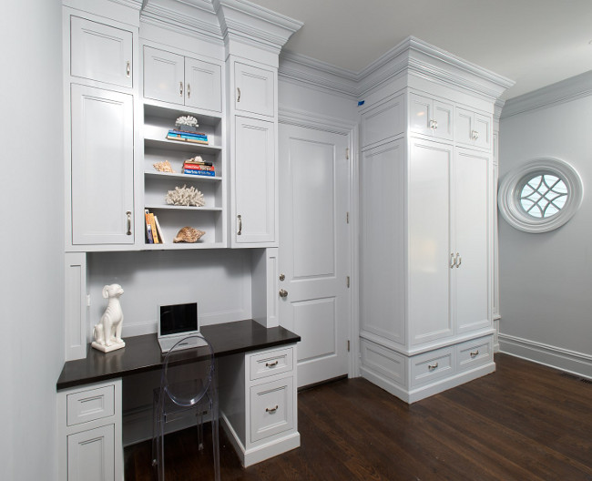 Mudroom. Desk Mudroom. Mudroom with desk area. #Mudroom #Desk Sotheby's Homes.