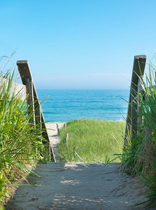 Nantucket Beach. Nantucket Sandy Beach. Summer on the beach in Nantucket. #Nantucket #Beach #Summer #SandyBeach  Donna Elle Seaside Living.