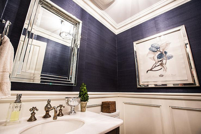 Navy Grasscoth Wallpaper. Chic and classic navy and white powder room with navy blue grasscloth wallpaper. #NavyGrasscoth #Wallpaper. Jennifer Baines Interiors.