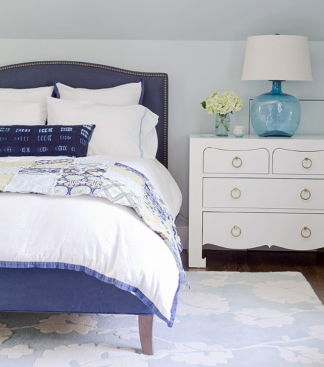 Navy and white. Navy and white interiors. Navy and white bedroom. #Navy #White #Interiors #Bedroom Kristina Crestin Design.