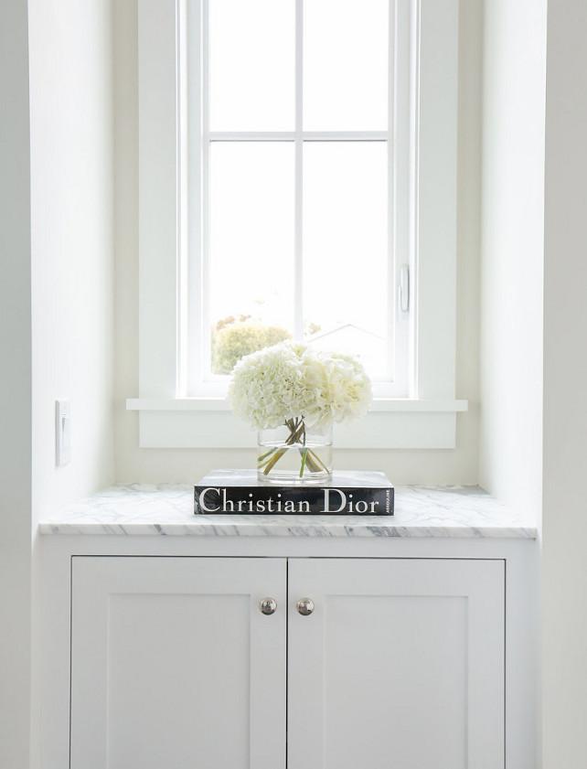 Nook Cabinet. Nook Built-in Cabinet. Nook Cabinet cabinet with marble top. #Nook #Cabinet #Marble.