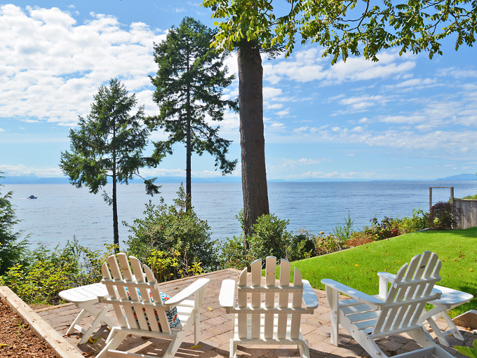 Ocean view backyard. Sunshine Coast Home Design.