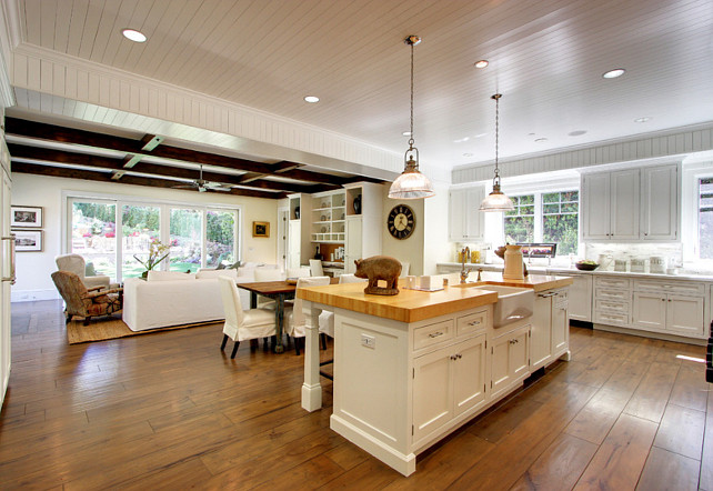 Open Concept. Open Floor Plan. Open Concept Kitchen and Family Room. #OpenConcept #OpenFloorPlan #Kitchen #FamilyRoom White Picket Fence, Inc.