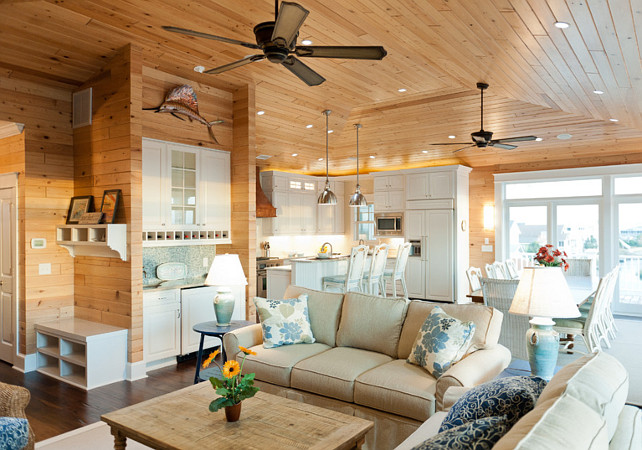 Beach House with Casual Coastal Interiors Home Bunch Interior