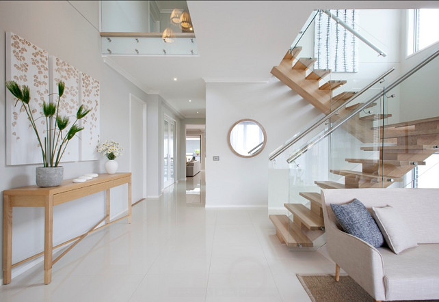 Modular Staircase Ideas. This modular staircase feels contemporary and warm at the same time. #Modular #Staircase