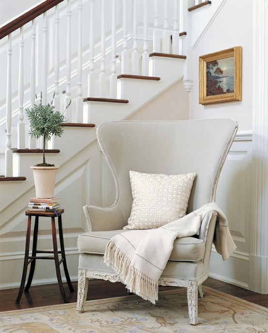 16 Elegant Traditional Staircase Designs That Will Amaze You: Interior Design Ideas & Guest Post