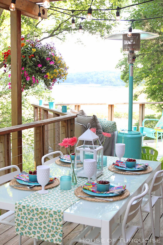 Outdoor Dining Area. How to decorate your outdoor dining area. #OutdoorDiningArea #OutdoorDiningroom House of Turquoise.