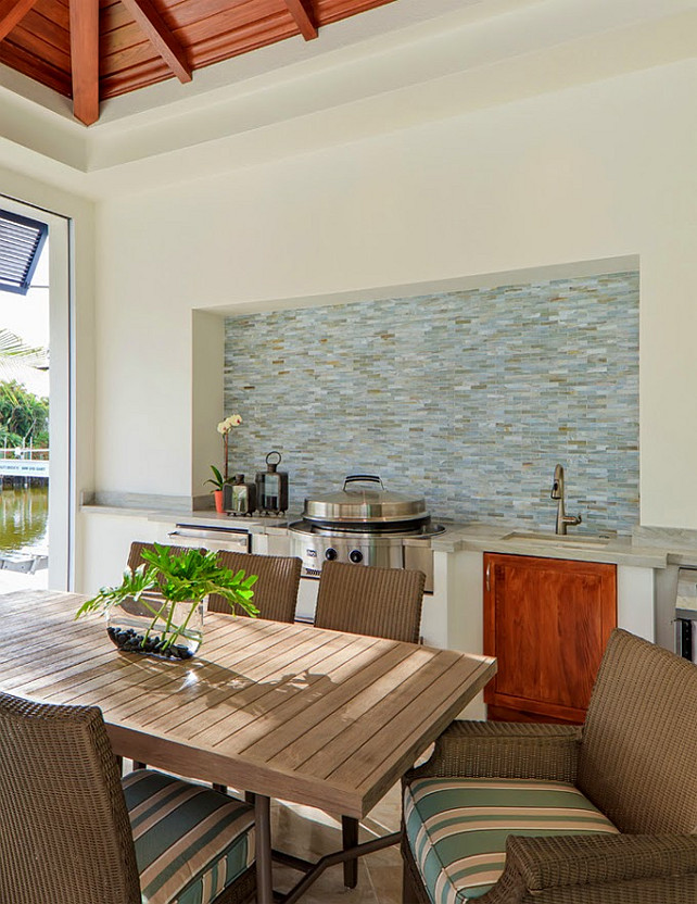 Outdoor Kitchen Design. Ficarra Design Associates via House of Turquoise