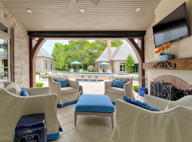 Outdoor Living Room Ideas. Outdoor Living Room Furniture. Outdoor Living Room Fireplace.  Outdoor furniture is by Janus et Cie. #OutdoorFurniture #OutdoorLivingRoom Harold Leidner Landscape Architects