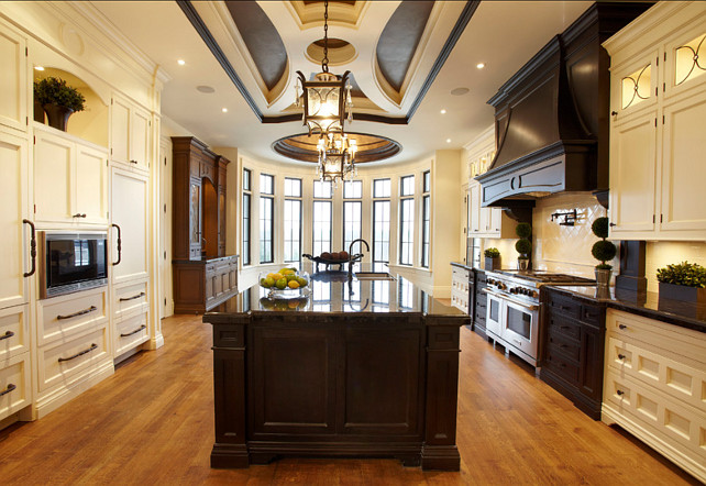 Transitional Kitchen. Inspiring Transitional Kitchen. #Transitional #Kitchen #Interiors
