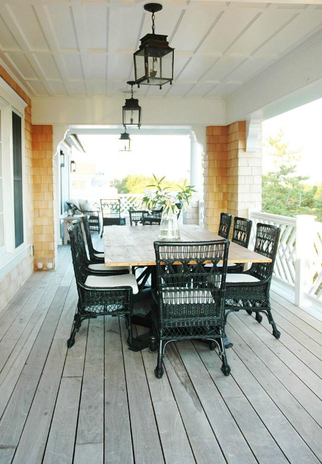 Beach Cottage With Coastal Interiors Home Bunch Interior Design