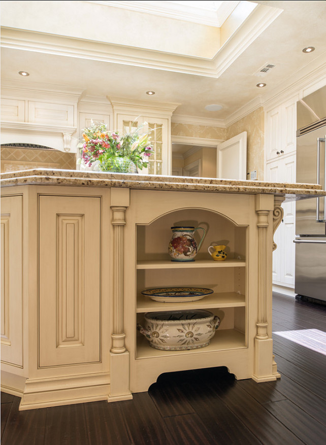 Kitchen Island Design. Inspiring Traditional Kitchen Island Design Ideas. #KitchenIsland