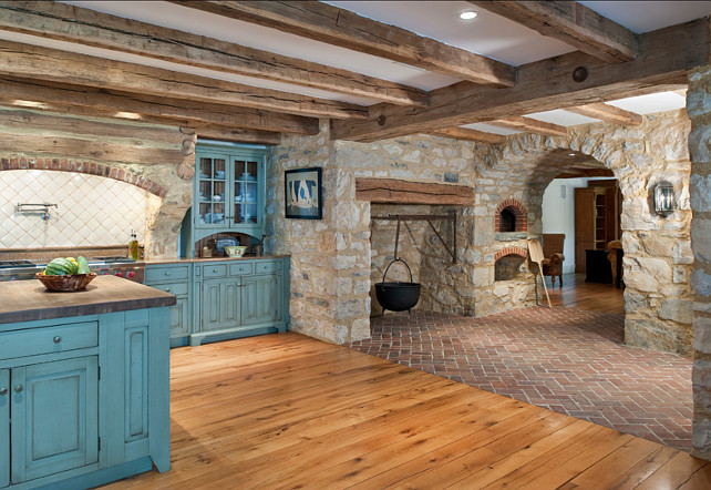 Kitchen. Rustic Kitchen Design. This rustic farmhouse kitchen has so many interesting features, including a pizza oven. #RustocKitchen #Kitchen #FamrhouseKitchen #PizzaOven