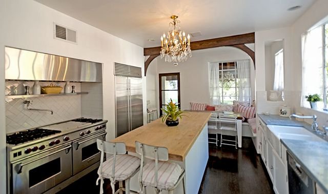 It S Complicated House For Sale Home Bunch Interior Design Ideas