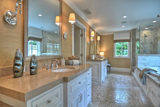 Ranch style house home bunch interior design ideas for Dream master bathroom designs