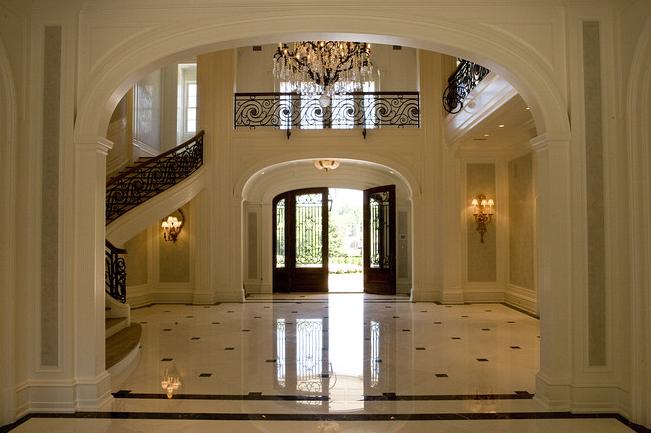 Foyer Flooring Nj : Oprah s new house home bunch interior design ideas