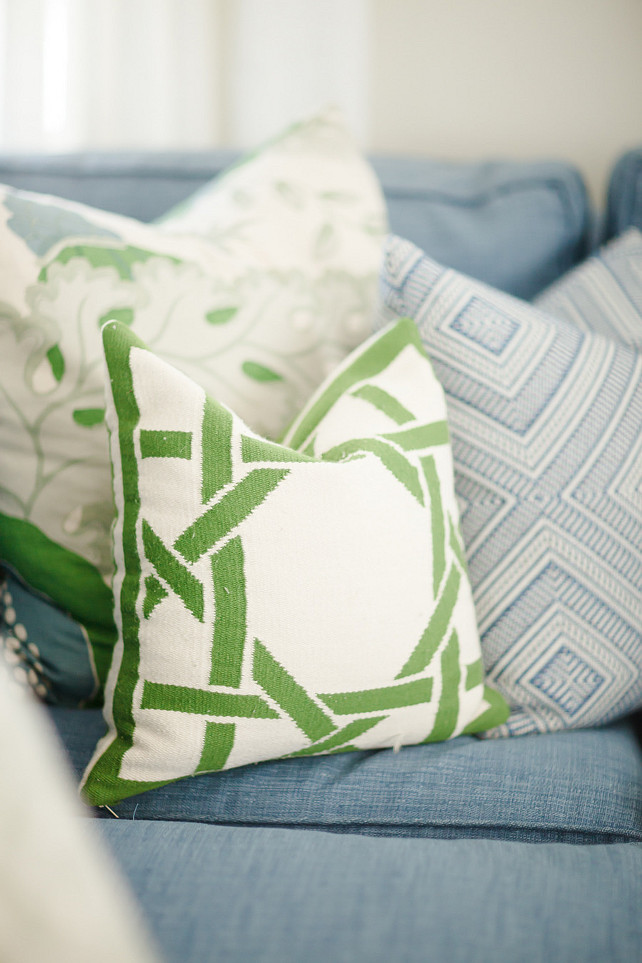 Pillows. Pillow Combination. How to combine pillows in your space. #Pillows #PillowFabric Brooke Wagner Design.