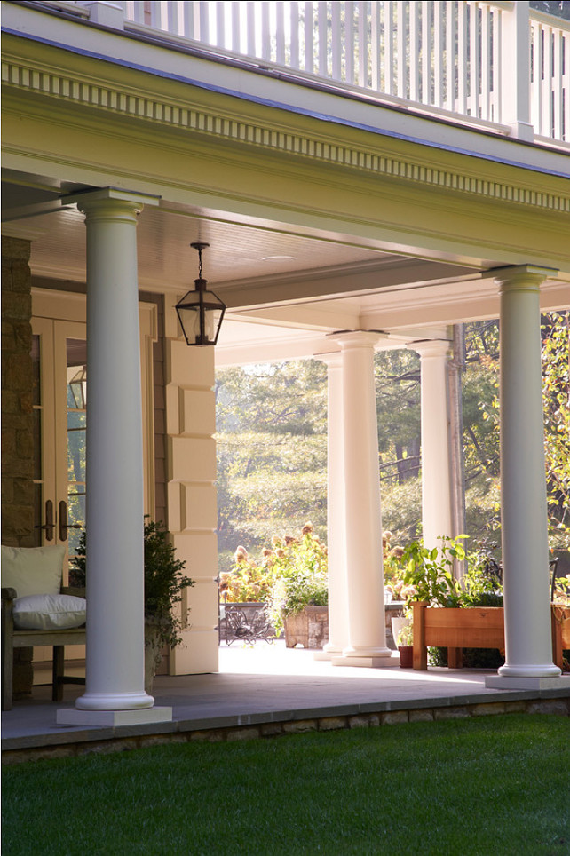 Porch Design Ideas. This is how a perfect porch looks like! It invites you in. #Porch #Outdoors #patio #HomeDecor