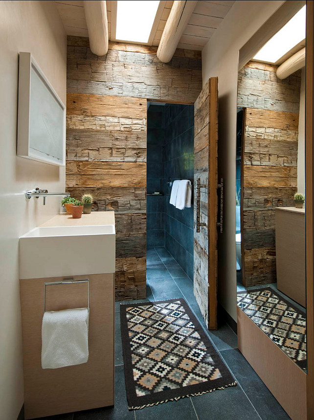 Rustic Bathoom Design. I am loving this rustic bathroom. #RusticBathroom