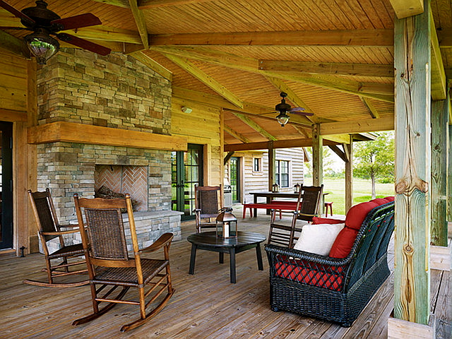 A Day at the Ranch in Pine Creek - Home Bunch Interior ... on Back Deck Ideas For Ranch Style Homes id=36186