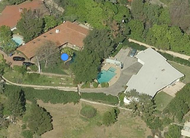 Robert Pattinson's House Aerial View #RobertPattinson